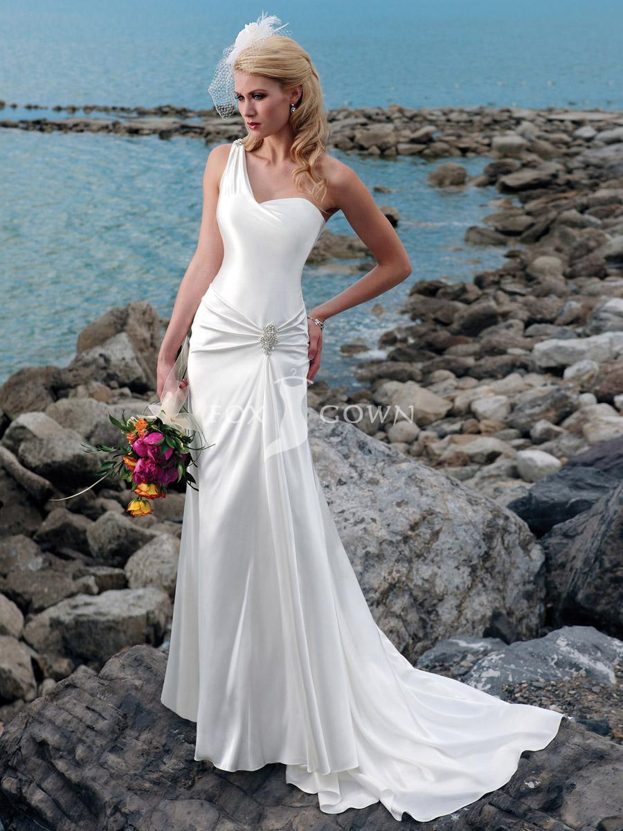 how to dress for beach wedding leather wedding dress Summer Wedding Gown Dress Inspiration 6