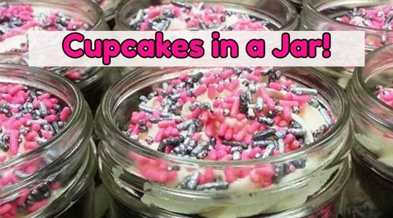 Gift Idea: Cupcakes in a Jar! Bake cupcakes in mason jars how to insturctions and ideas