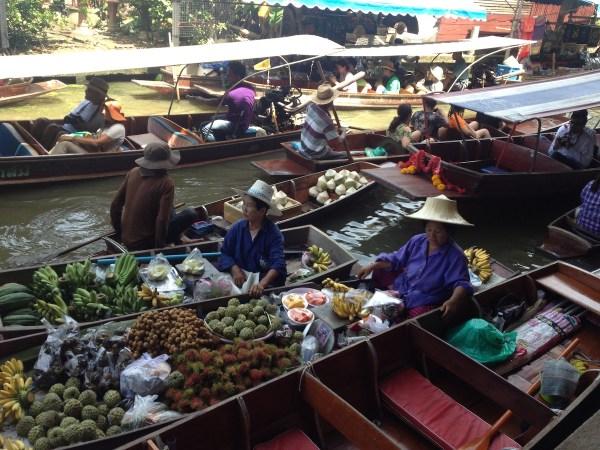Плавучий рынок в Бангкоке