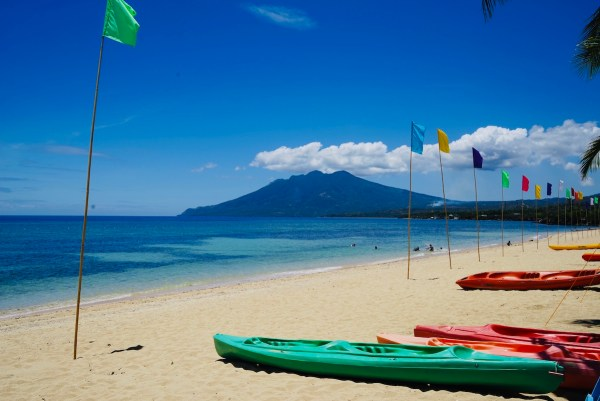 Poctoy Белый песчаный пляж в Marinduque