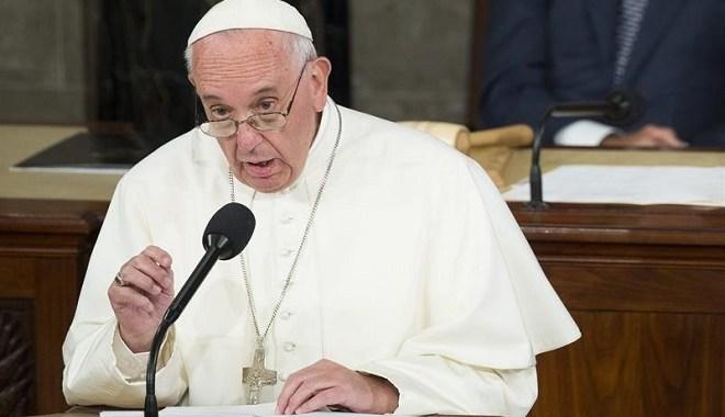 Papa Francisco diz se preocupar com golpes na América Latina