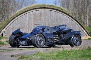 《黑暗騎士》蝙蝠車將出征拉力賽事?藍寶堅尼改造,夢幻級跑車!