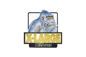 日本插畫大師「空山基」你知道吧?這回他把 X-LARGE 變成這樣子
