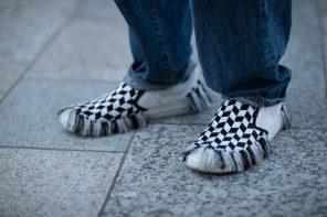 什麼樣的球鞋會讓潮人們穿到東京時裝周這個世界聚焦的時尚舞台?