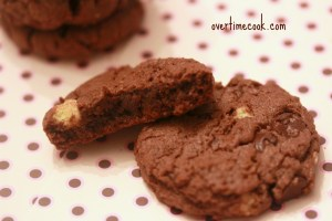 chocolate-peanut-butter-crunch-cookies