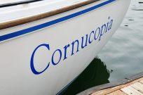 Aft quarter detail of the Catalina 25 - Cornucopia