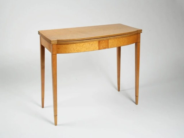 107: Federal Inlaid and Veneered Maple Card Table
