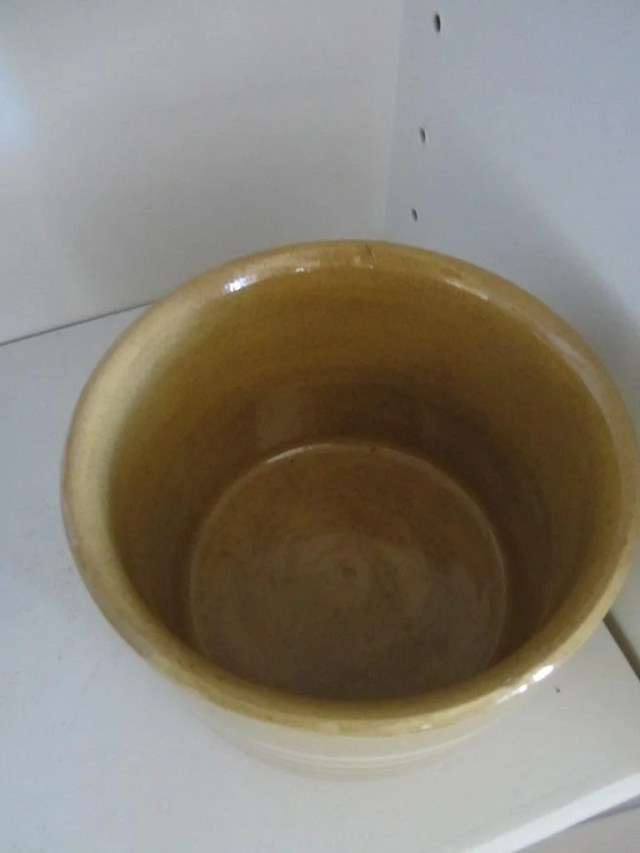 166: A Group of Twenty Examples of Yellow Ware