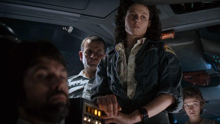 Crewet ombord i romskipet Nostromo i Alien. (Foto: SF Norge)