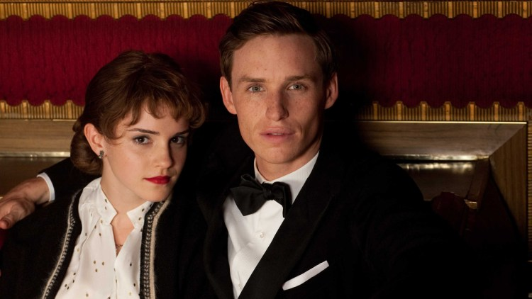 Emma Watson og Eddie Redmayne i My Week With Marilyn (Foto: Scanbox Entertainment AS).