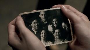 Det siste bildet av de fem unge vennene før krigen skiller dem. (Foto: ZDF/Beta Film)
