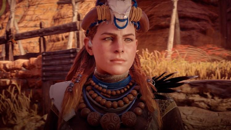 Du spiller den tøffe jegeren Aloy i Horizon Zero Dawn. (Anmelders skjermdump fra PS4 Pro. © Sony Interactive Entertainment).