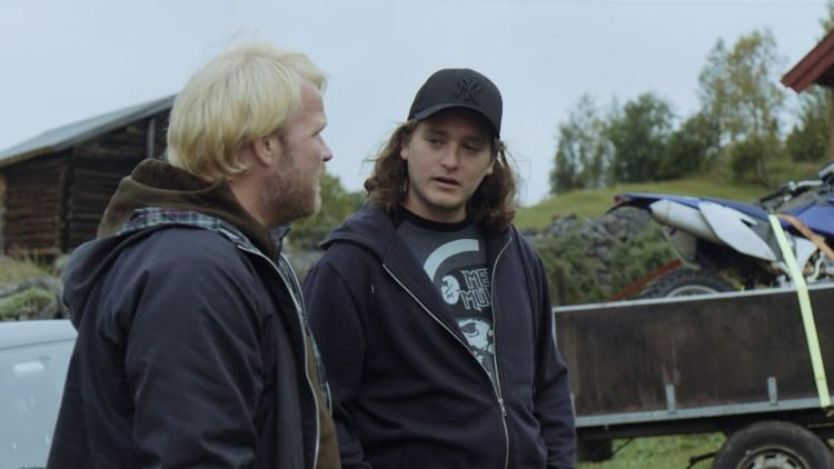 """Anders Baasmo Christiansen og Benjamin Helstad spiller godt i """"Hoggeren"""". (Foto: Mer film)"""