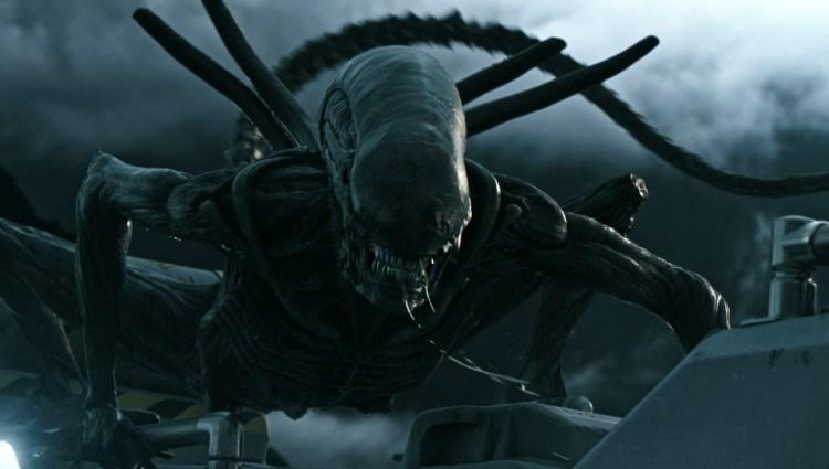 """Denne skapningen skaper liv og røre, eller skal vi DØD og røre i """"Alien: Covenant"""". (Foto: 20th Century Fox)"""