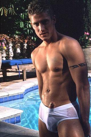 boy underwear bulge