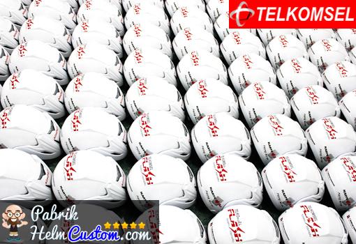 slide helm custom telkomsel