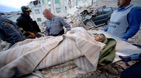 Tragiczne w skutkach trzęsienie ziemi w Italii