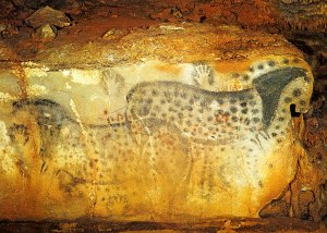 chauvet-cave-paintings-handprints