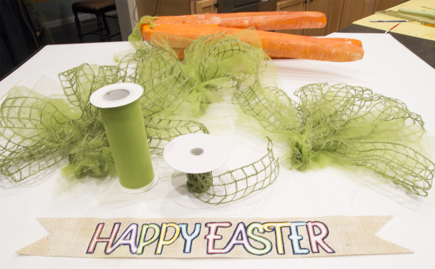 DIY Easter Door Carrots Tutorial