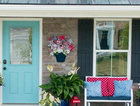 Welcome Home Porch Décor & Landscape Lighting