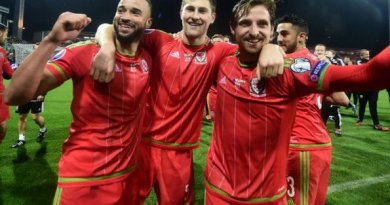 Joe Allen Picks Up Minor Knee Injury, Keeping His Focus off Reds Contract Situation