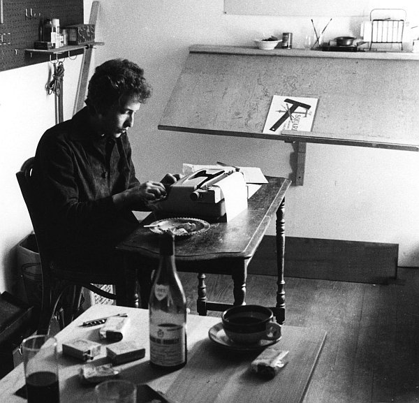 bob-dylan-writing