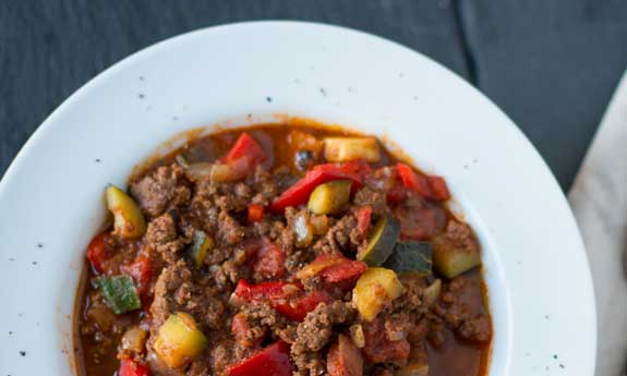 Paleo Ten Minute Chipotle Spiced Beef and Bean Chili