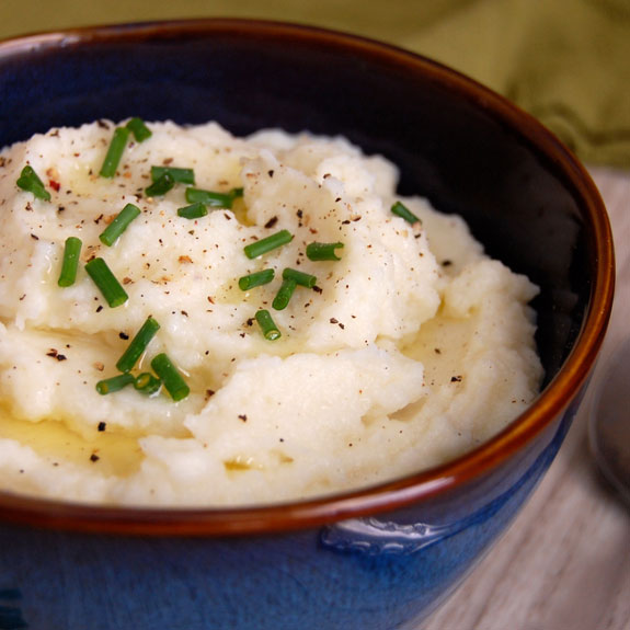 Paleo Mashed Cauliflower with Coconut Milk