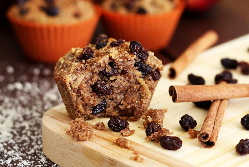PaleoNewbie-Cinnamon-Raisin-Muffins-R-1266x850