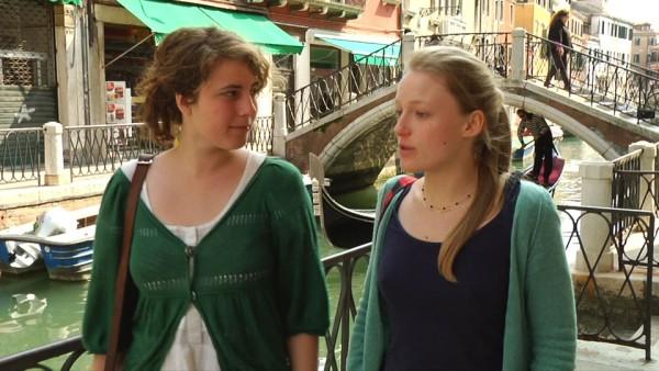 Deux_filles_à_Venise_Bérangère Girot & Karla Opelik 2