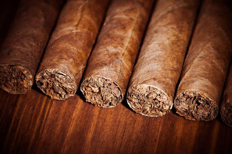 4 Reasons Why We Offer the Best Hand-Made Cigars in Denver