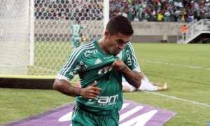 Decisivo, Dudu festeja gols e espera que cobranças fiquem no passado