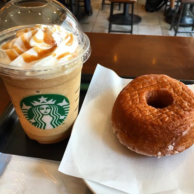 Frappuccino en Sugar Donut