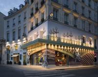Image {focus_keyword} Un temporary store a Parigi per Prada 36778 2009722141523