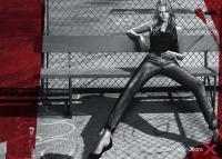 Image {focus_keyword} Lara Stone in bianco e nero per Calvin Klein 39014 2010621124519