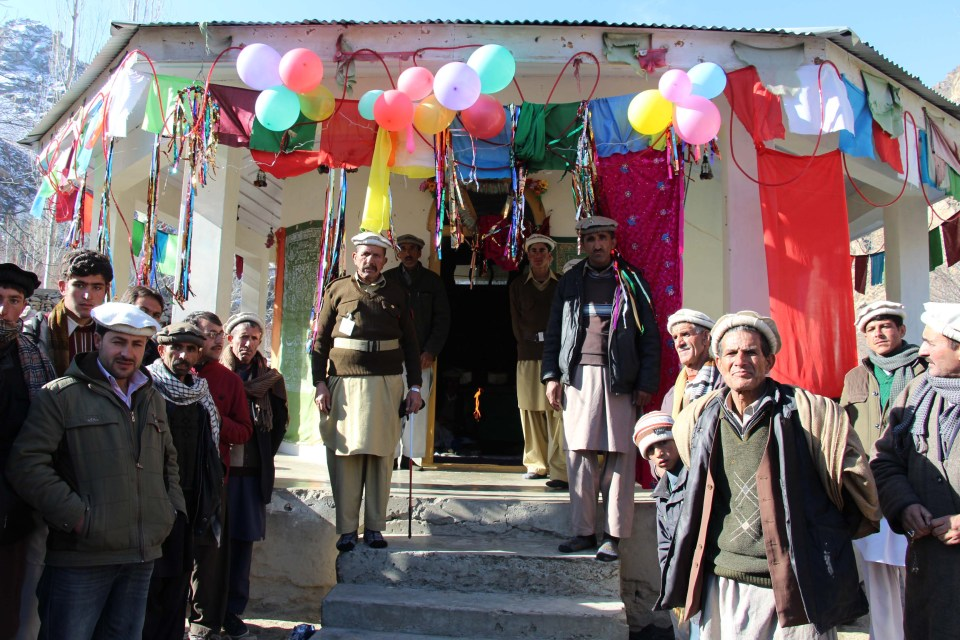 Entrance to the shrine constructed in memory of the Pir. The Pir is not buried here.