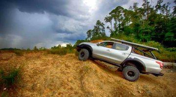 Mitsubishi Triton Siap Sedia Tawan Borneo Safari 2016