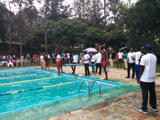 Elite swimmers during this year Kwibuta memorial competition (Photo @RSF)
