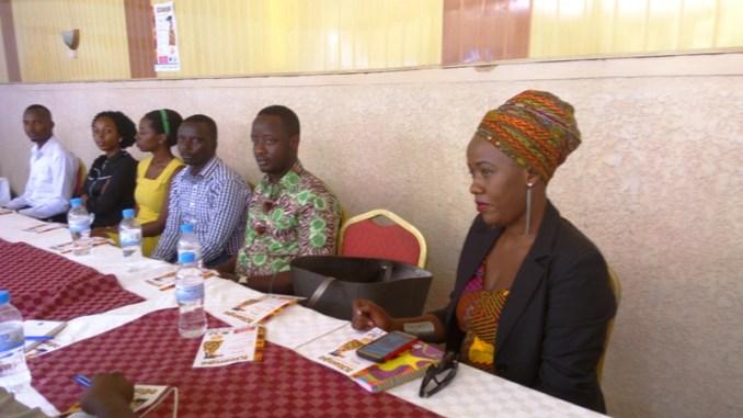 Bamwe mu badozi n'abanyamideri b'igitenge bazitabira imurikagurisha. (Photo/Panorama)