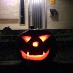 南郷かぼちゃランタン作り、超楽しい!明日5日まで。早速、近所の友達とハロウィンパーティー。