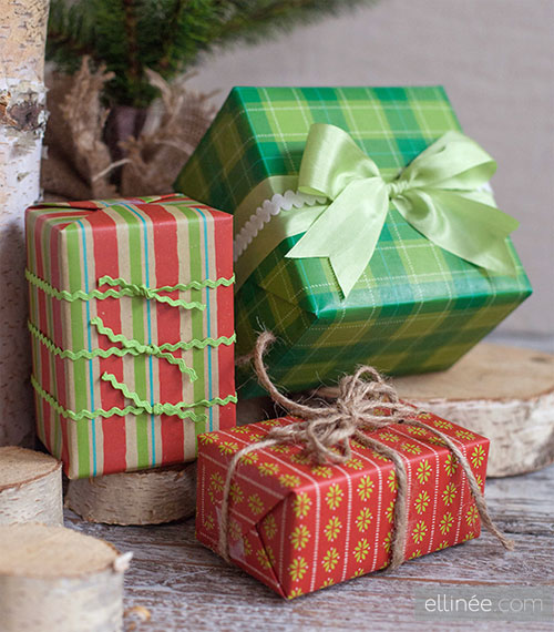 Free Printable Holiday Gift Wrap