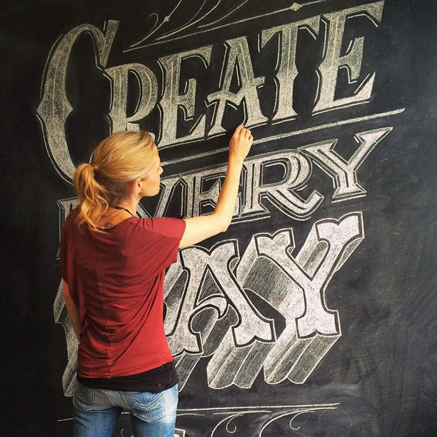 http://i2.wp.com/papercrave.com/wp-content/uploads/2015/03/creativelive-hand-lettering-class-giveaway2.jpg?resize=612%2C612