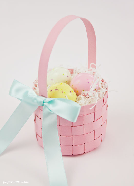 http://i2.wp.com/papercrave.com/wp-content/uploads/2015/03/diy-easter-basket-finished.jpg?resize=550%2C765
