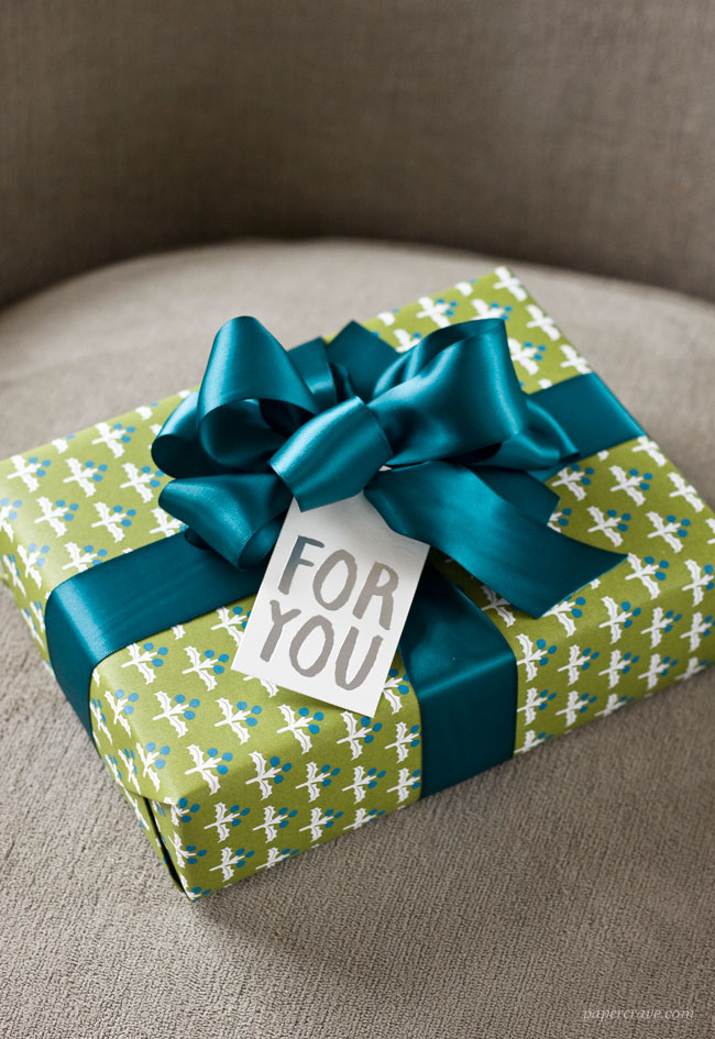 Green, Teal Blue & Silver Holiday Gift Wrap Ideas