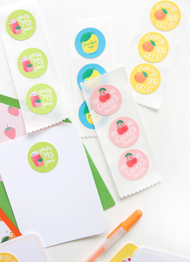 DIY Scratch & Sniff Stickers + Free Printable Stickers from Damask Love