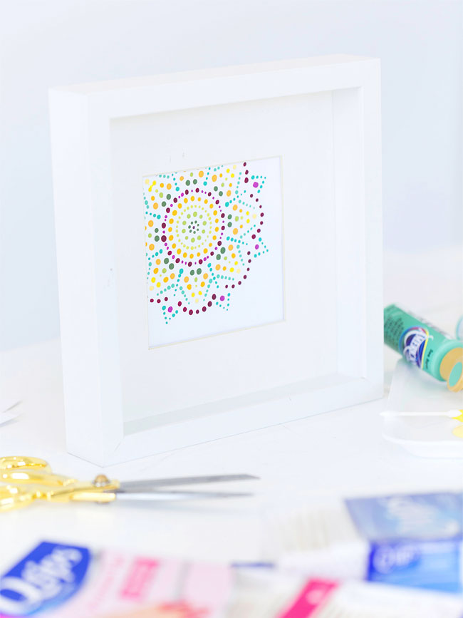 Q-Tip Mandala (free printable included) from Damask Love