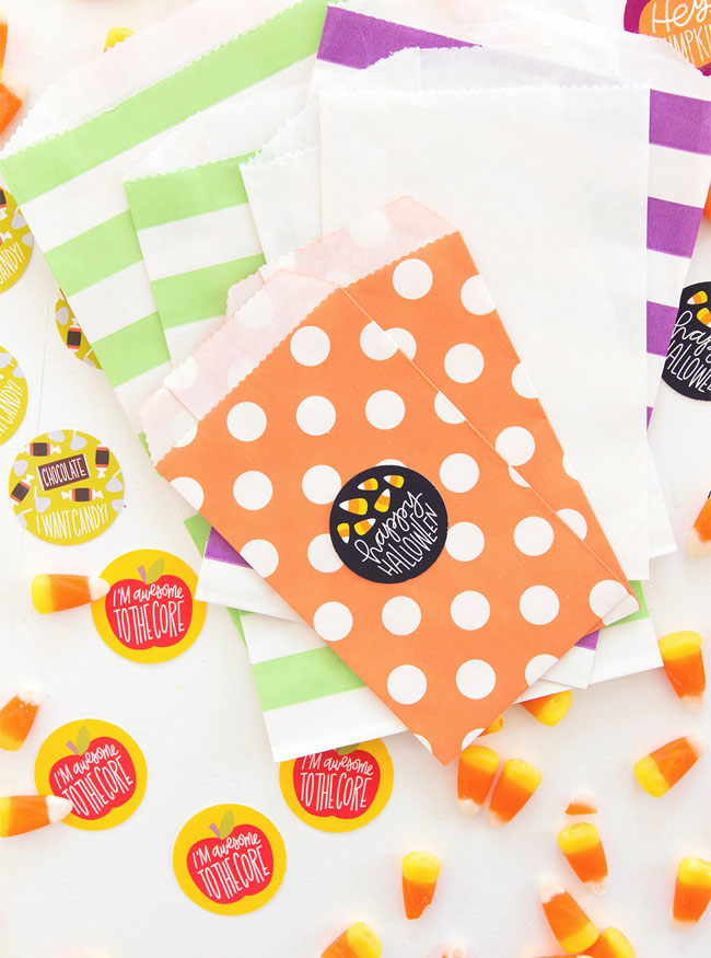 DIY Fall Scratch and Sniff Stickers from Damask Love