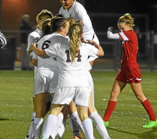 District One girls' soccer: DiRico's longshot gives Pioneers 1-0 win on a rainy night in Conestoga