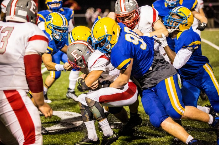 Downingtown East dominates trenches, tops W. C. East