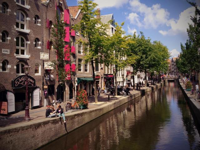 Amsterdam_(7758040180)